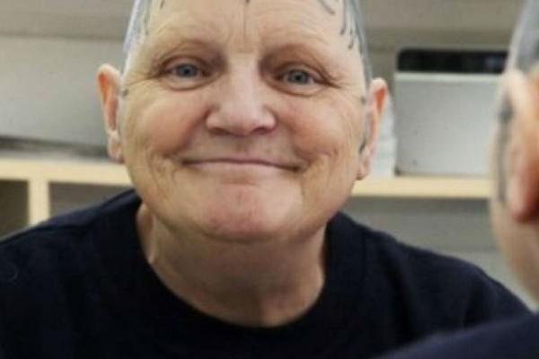 60χρονη γιαγιά ένιωθε άσχημα με το κεφάλι της. Μια μέρα όμως ξύπνησε και έκανε κάτι απίστευτο!