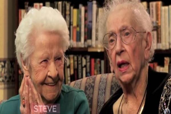 Αυτές οι 2 γιαγιάδες 100 χρονών ρωτήθηκαν τι είναι η selfie...Θα κλάψετε με αυτό που απάντησαν