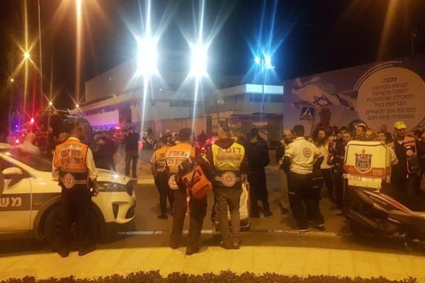 Θρίλερ στην Ιερουσαλήμ: Αυτοκίνητο παρέσυρε πεζούς. Δεκάδες τραυματίες!