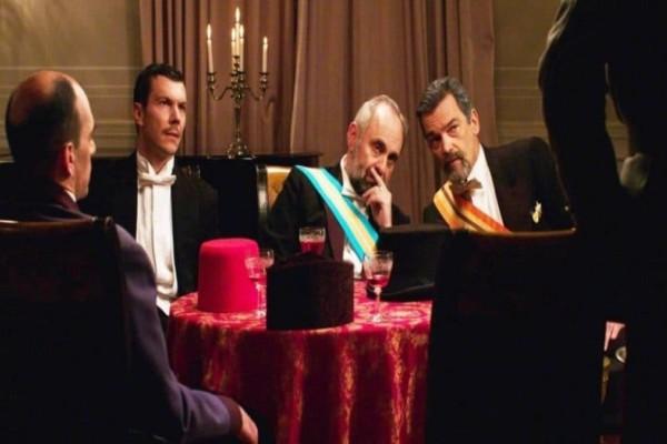 Κόκκινο Ποτάμι: Ο Μίλτος κι ο Θέμης προσπαθούν να σώσουν τον πατέρα τους! Συγκλονιστικές εξελίξεις στο σημερινό (02/02) επεισόδιο!