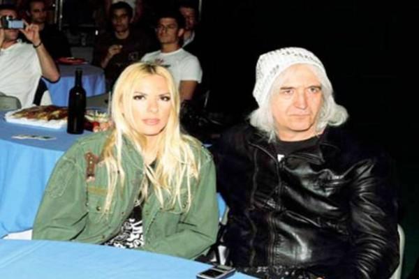 Νίκος Καρβέλας: Αυτή είναι η γυναίκα που τον ξετρέλανε μετά το διαζύγιο από την Αννίτα Πάνια!