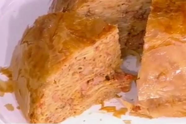 Παστίτσιο σε φύλλο κρούστας με τυριά και αλλαντικά! (Video)