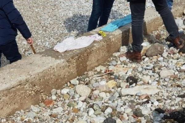 «Ήμουν σε απόγνωση»: Τα πρώτα λόγια της 27χρονης μητέρας του νεκρού βρέφους στην Πάτρα! (Video)