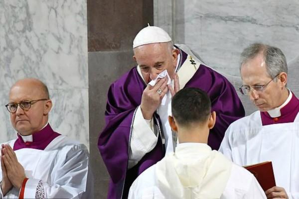 Ακυρώθηκαν όλες οι συναντήσεις στο Βατικανό για 3η συνεχόμενη μέρα! Έχει κορωναϊό ο Πάπας; (video)