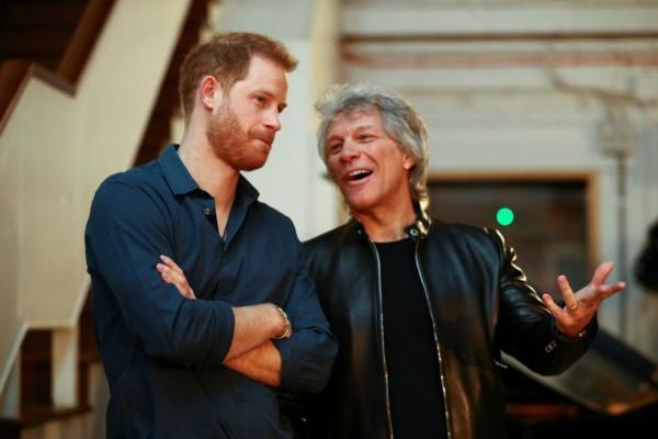 Συνεργασία... κορυφής του Πρίγκιπα Χάρι με τον Jon Bon Jovi! Βγάζουν το δικό τους τραγούδι! (video)