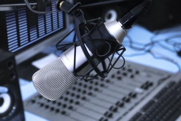 «Βόμβα» στην αγορά! Έκλεισε θρυλικός ραδιοφωνικός σταθμός!