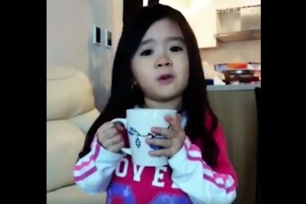 Αυτό το 3χρονο κοριτσάκι έδωσε ένα μάθημα σε όλες τις γυναίκες και έγινε viral!