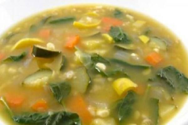 Η σούπα που σου υπόσχεται να χάσεις 7 κιλά σε 1 εβδομάδα! Φτιαγμένη σε νοσοκομείο για υπέρβαρους!