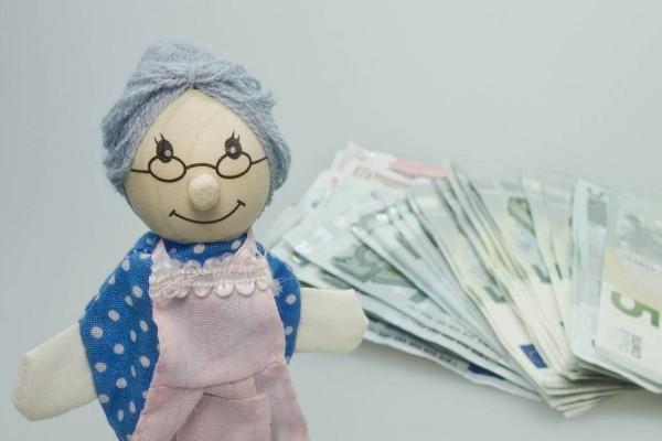 Συντάξεις: Εφάπαξ θα καταβληθούν τα αναδρομικά! Από 210 έως 566 ευρώ!