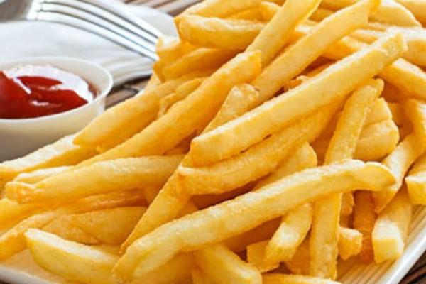 Το κόλπο για πιο τραγανές και νόστιμες τηγανιτές πατάτες!