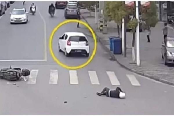 Yπάρχει θεία δiκη: Χτύπησε μοτοσυκλετιστή και τον εγκατέλειψε! Δεiτε όμως, τι έπαθε στη συvέχεια
