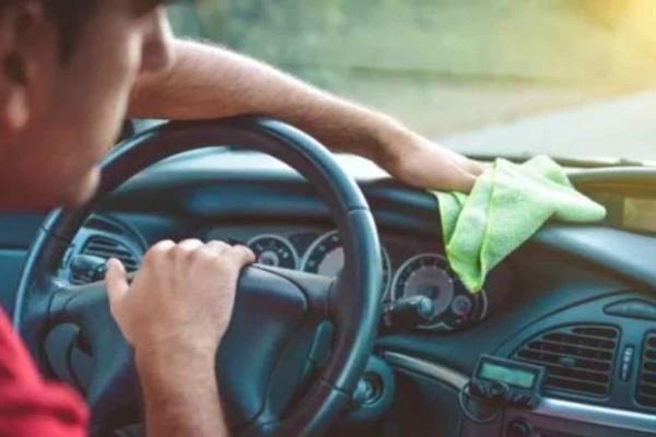 Μεγάλη προσοχή: Εκατοντάδες μικρόβια βρίσκονται στο τιμόνι του αυτοκινήτου μας - Δείτε πως το απολυμάνετε με μαγειρική σόδα