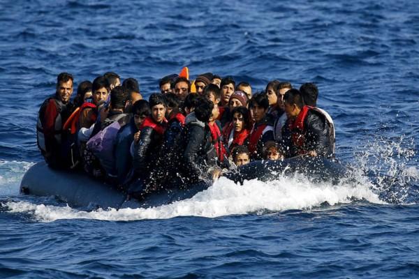 Άμεση δράση της Ευρωπαϊκής Ένωσης στο Αιγαίο: Δίνει 2.000 ευρώ σε κάθε μετανάστη για τον επαναπατρισμό του