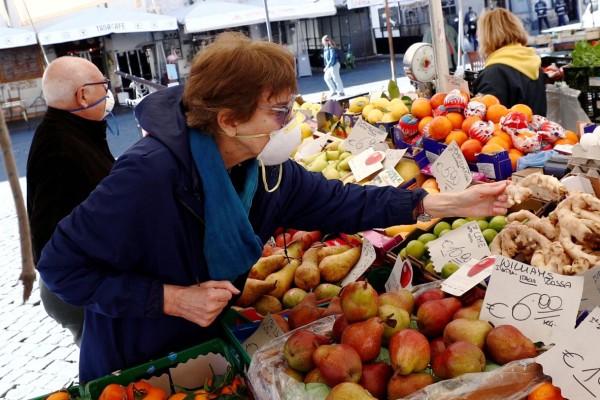 Μεγάλη προσοχή ΕΦΕΤ: Τι πρέπει να ξέρουμε για τα τρόφιμα και τον κορωνοϊό