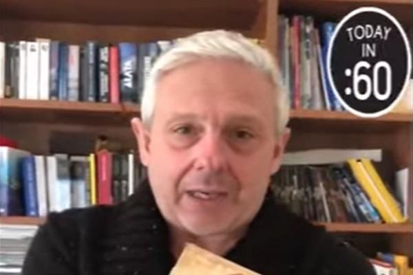 2+1 βιβλία για να διαβάσεις όσο είσαι κλεισμένος στο σπίτι - Ο Τάσος Δούσης προτείνει!