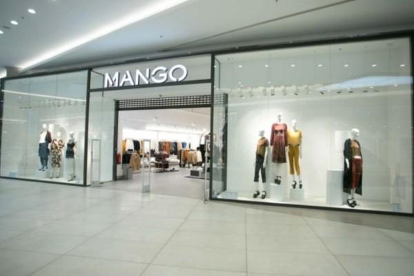 Εκπτώσεις στο Mango: Κοντή ολόσωμη φόρμα με δαντέλα με λιγότερο από 30 ευρώ!