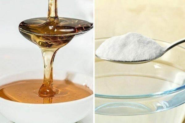 Ανακάτεψε μαγειρική σόδα με μέλι και έτριψε το μείγμα στους γλουτούς της - Το αποτέλεσμα θα σας ενθουσιάσει!
