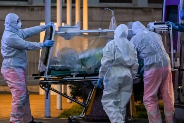 Συναγερμός στη Γερμανία: 3.000 κρούσματα σε μία μέρα κορωνοϊού