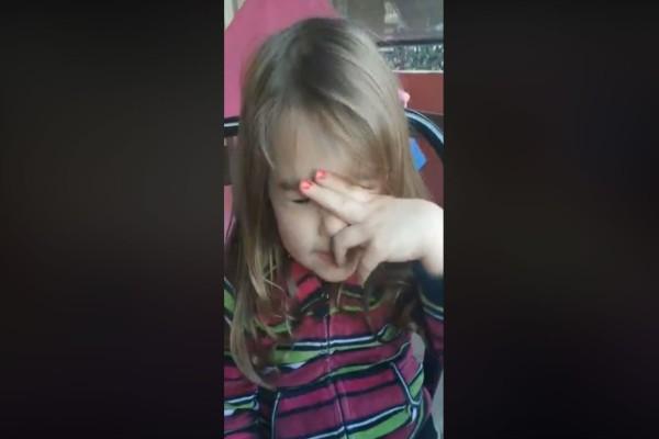 Χαριτωμένο 4χρονο κοριτσάκι δίνει συμβουλές για να προστατευτούμε από τον κορωνοϊό!