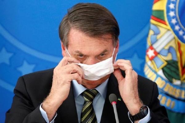 Επικίνδυνος ο πρόεδρος της Βραζιλίας: Αντιστέκεται και αποκαλεί τον κορωνοϊό… «γριπούλα»!