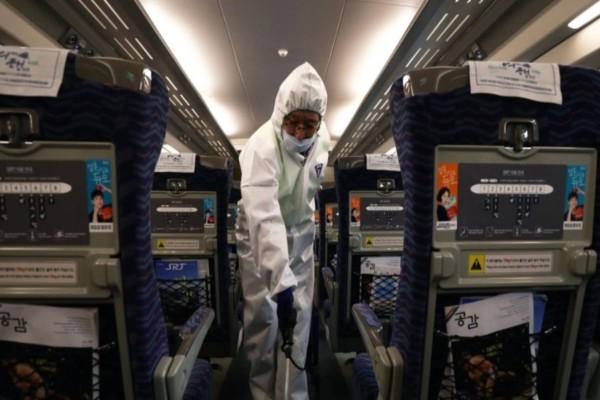 Κορωνοϊός - Και άλλη χώρα αναστέλλει τις πτήσεις