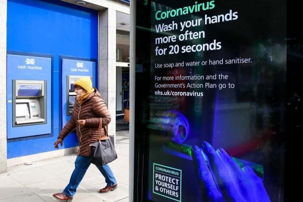 Εφιάλτης στη Βρετανία: Αναφορά για 6.6 εκατ. κατοίκους που ήδη έχουν κορωνοϊό! (photos)