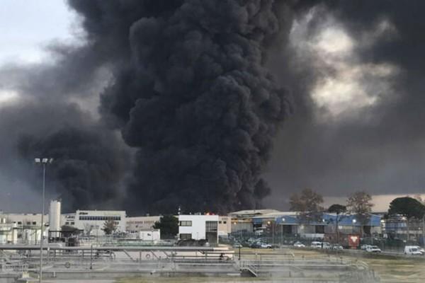 Έκρηξη σε εργοστάσιο - Τουλάχιστον ένας νεκρός (photo)