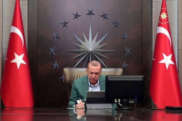 Ερντογάν: Η Τουρκία θα ξεπεράσει τον κορωνοϊο σε 2-3 βδομάδες