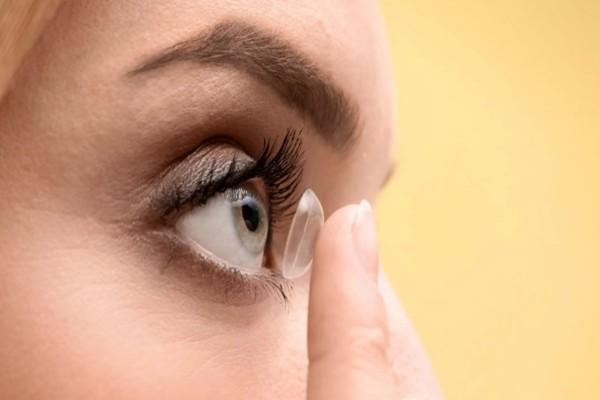 Προσοχή: Αυτά πρέπει να κάνετε όσοι φοράτε φακούς επαφής ή γυαλιά