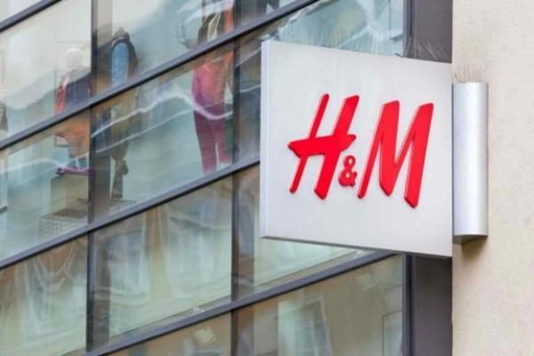 H&M: Βρήκαμε την πιο σικάτη μπλούζα που θα  κρατήσεις χρόνια