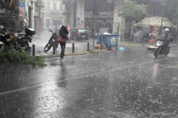 Έκτακτο δελτίο καιρού από την ΕΜΥ: Ραγδαία επιδείνωση με χαλάζι και καταιγίδες