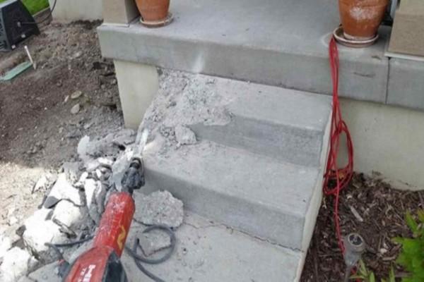 Κατέστρεψε την βεράντα του, αλλά περιμένετε μέχρι να δείτε το τελικό αποτέλεσμα - Θα ζηλέψετε!