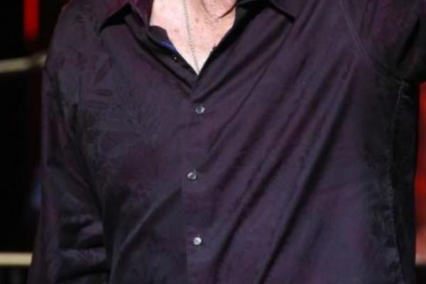 Παγκόσμιος θρήνος - Πέθανε διάσημος τραγουδιστής (photo-video)