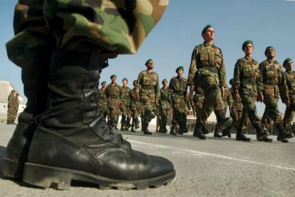 Συναγερμός στις Ένοπλες Δυνάμεις - 70χρονος το πρώτο κρούσμα κορωνοϊού!