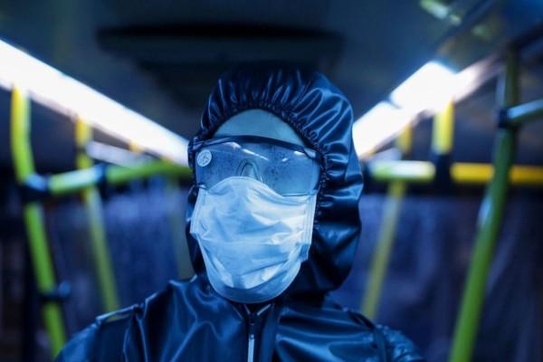 Κορωνοϊός: Αν νιώσεις αυτά τα συμπτώματα τρέξε αμέσως στο νοσοκομείο