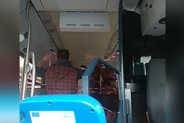 Οδηγός λεωφορείου σε επιβάτες λόγω κορωνοϊού:
