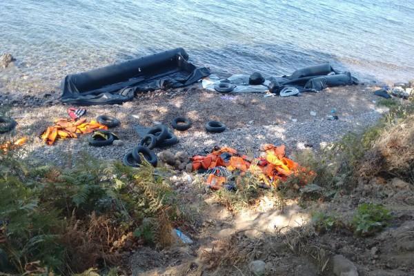 Σοκ στο Αιγαίο! Παιδί προσφύγων πνίγηκε στη Λέσβο μετά από ανατροπή της βάρκας! (video)