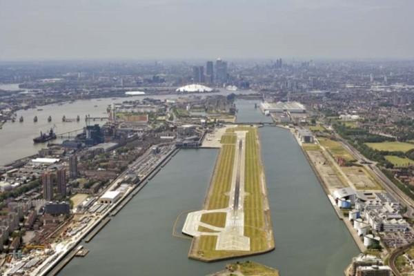 Κλείνει το αεροδρόμιο City του Λονδίνου