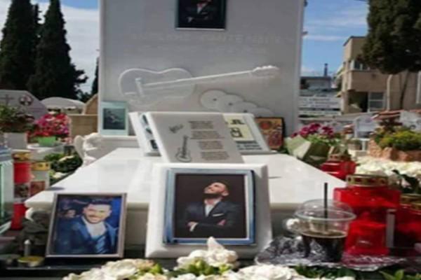 Παντελής Παντελίδης: Συγκλονίζει σημείωμα για το τροχαίο! Βρέθηκε πάνω στον τάφο του