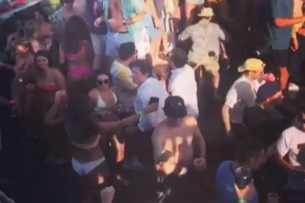 Ξέφρενο πάρτι πάνω σε πλοίο - Δεκάδες επιβάτες ο ένας πάνω στον άλλο εν μέσω πανδημίας...κορωνοϊού (Video)