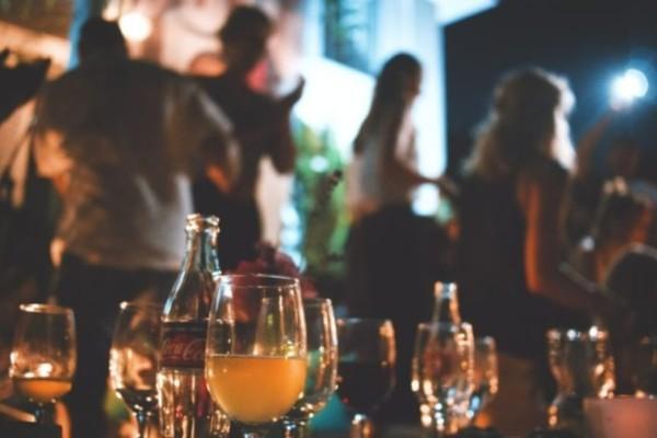 Σάλος: Το πάρτι επωνύμων στην Κηφισιά που εξάπλωσε τον κορωνοϊό στην Αθήνα!