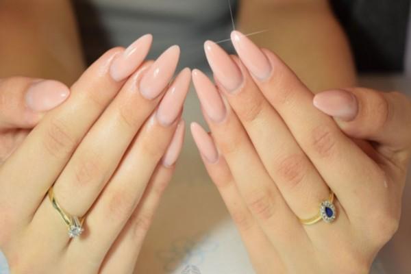 Αφαιρέστε μόνες σας το gel από τα νύχια με 5 απλά βήματα!