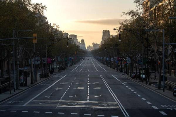 Η φωτογραφία της ημέρας: Έρημη πόλη η Μαδρίτη