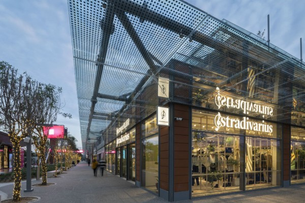 Η εναλλακτική πρόταση από τα Stradivarius για το γυμναστήριο και όχι μόνο!