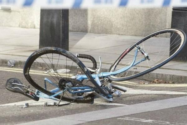 Σοκ: Νεκρός 18χρονος ποδηλάτης στην Πάτρα