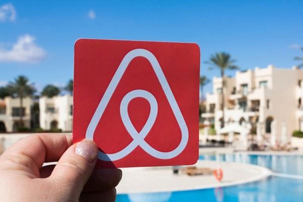 Αποζημίωση από την Airbnb: Ποιους αφορά;