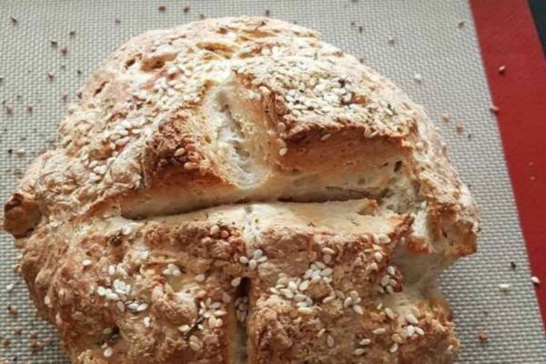 Αφράτο ψωμί στο σπίτι με μπίρα