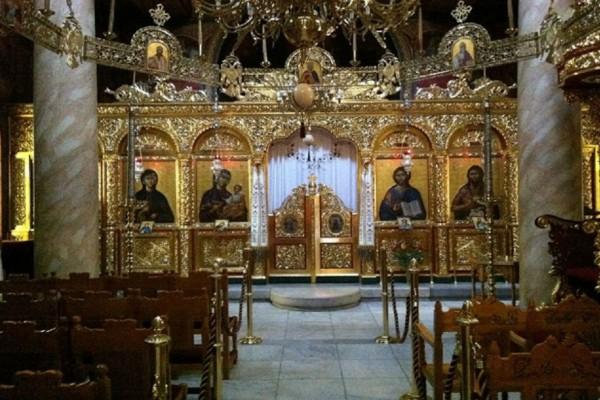Κορωνοϊός: Απαγόρευση λειτουργίας ακόμη και σε εκκλησίες σε ιδιωτικά κτήματα