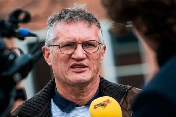 «Εγώ είμαι ικανοποιημένος, το κλείσιμο των συνόρων είναι ηλίθιο» - Επίθεση του… Σουηδού Τσιόδρα στους επικριτές του για τον κορωνοϊό