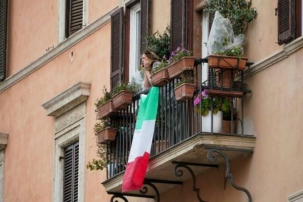 Κορωνοϊός - Ιταλία: Ακόμα 681 νεκροί και 4.805 κρούσματα